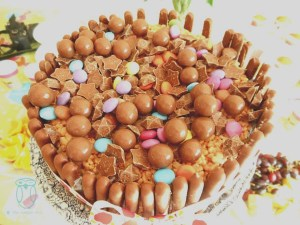 Ricecrispie marshmallow cake