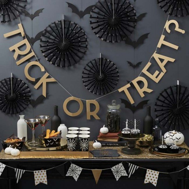 trick-or-treat-gold-foil-bunting-d67_1024x1024